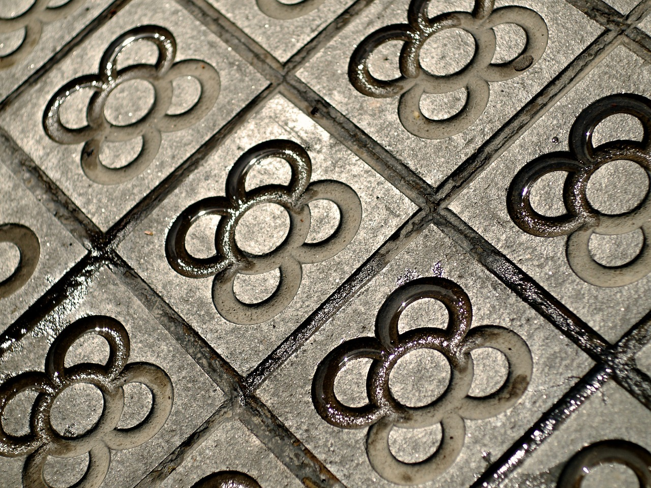 barcelona-foto tiburi (Pixabay)